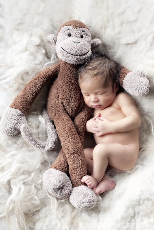 Newborn fotografie baby Julian